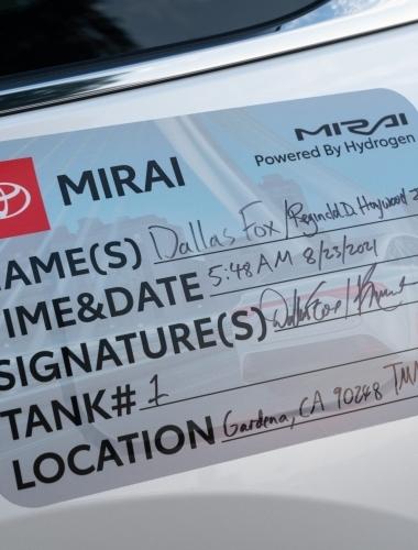 2021 Toyota Mirai Guiness Record-19