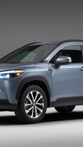2022_Toyota_Corolla_Cross_Celestite_001-scaled
