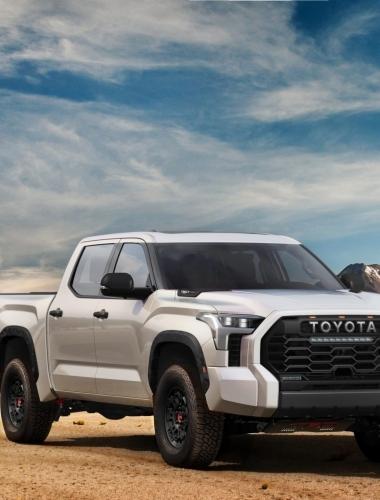 2022_Toyota_Tundra_Front-Quarter_023