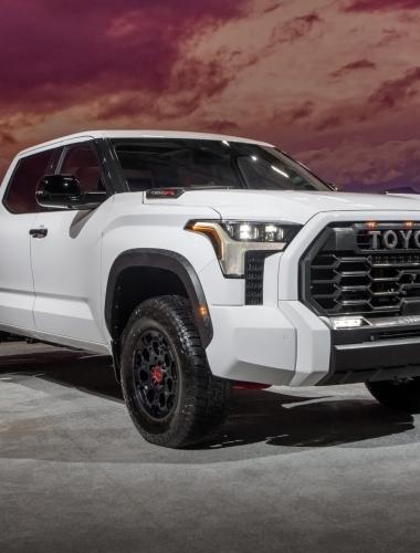 2022_Toyota_Tundra_TRD_PRO_Super_White_003
